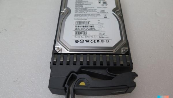 45E2137 SATA HDD FAS2020 FAS2040 1TB 7.2K