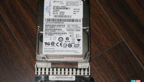 43X0833 SAS 10K  146GB 2.5